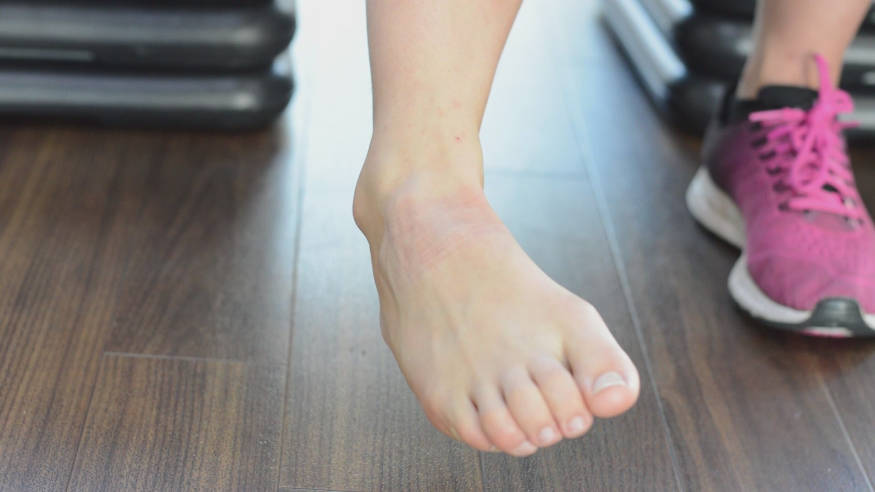 Ankle eversion strengthening technique phase 1