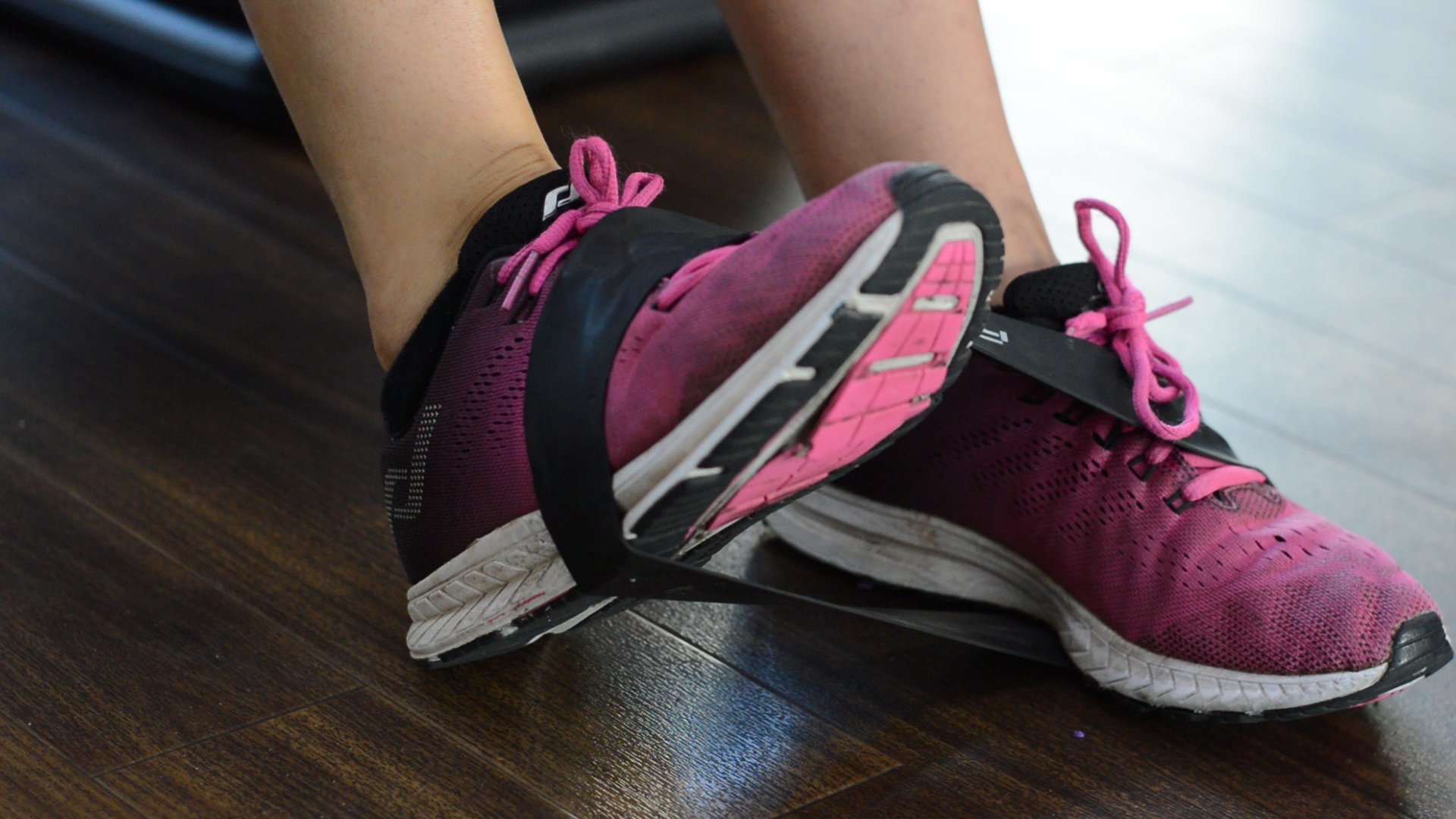 foot lift, ankle dorsflexion, stength exercise